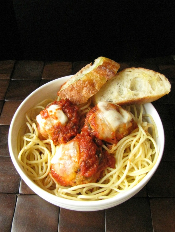Slow Cooker Chicken Parmesan Meatballs