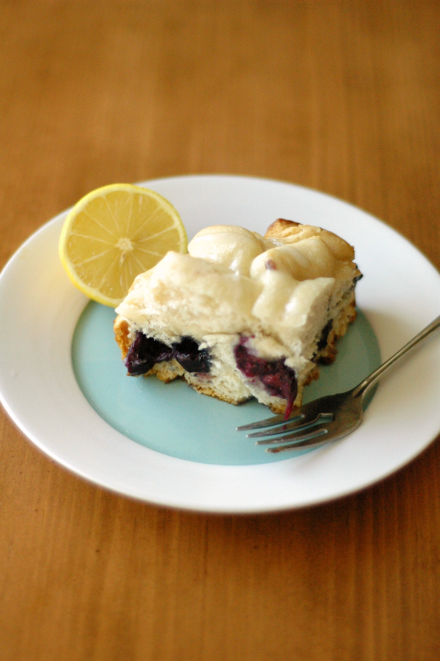 Slow Cooker Blueberry Breakfast Cake