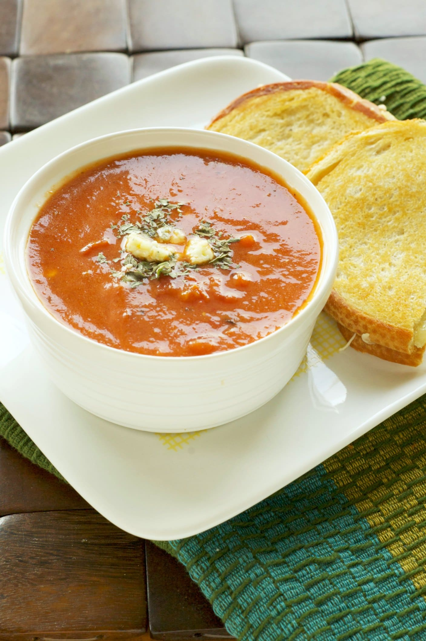 Slow Cooker Fire Roasted Tomato and Creamy Gorgonzola SoupSlow