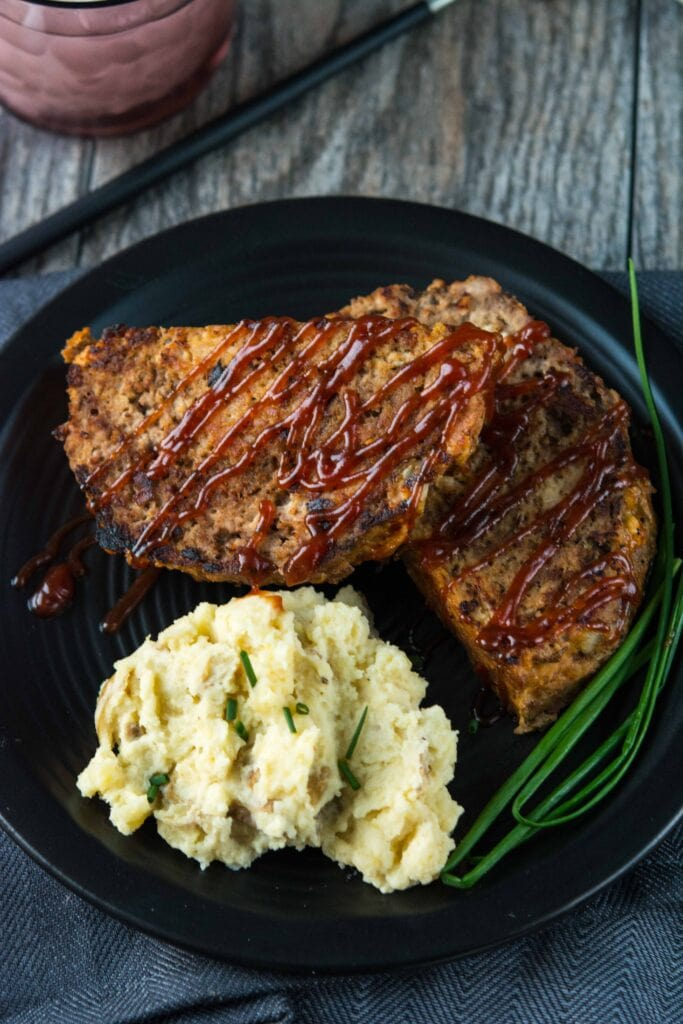 Slow Cooker Meatloaf and Buttermilk Mashed Potatoes - Slow Cooker ...