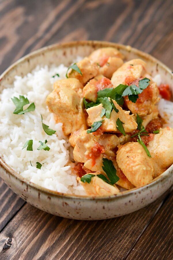 Slow Cooker Red Curry Almond Chicken
